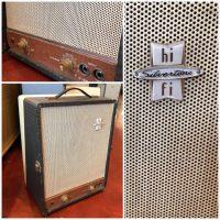 1958 Silvertone 9075 w/ lid - $395
